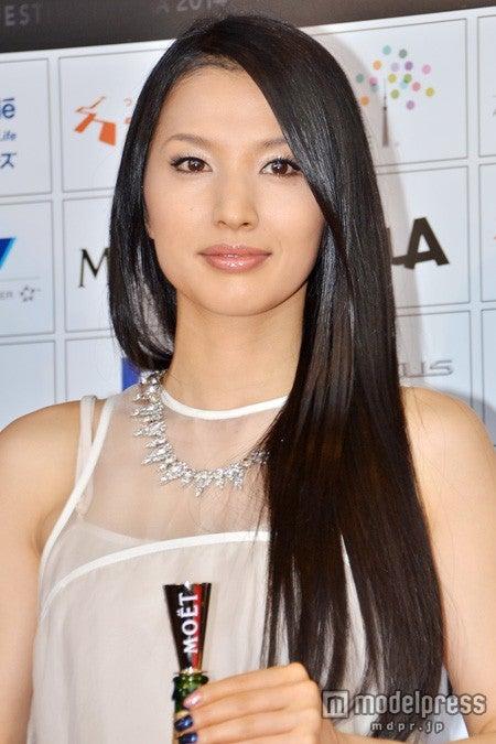 「ショートショート フィルムフェスティバル&アジア2014アワードセレモニー」に出席した芦名星