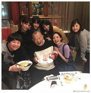 ベッキー誕生日会、上戸彩・吉高由里子・剛力彩芽ら豪華メンバー集結 笑福亭鶴瓶が公開