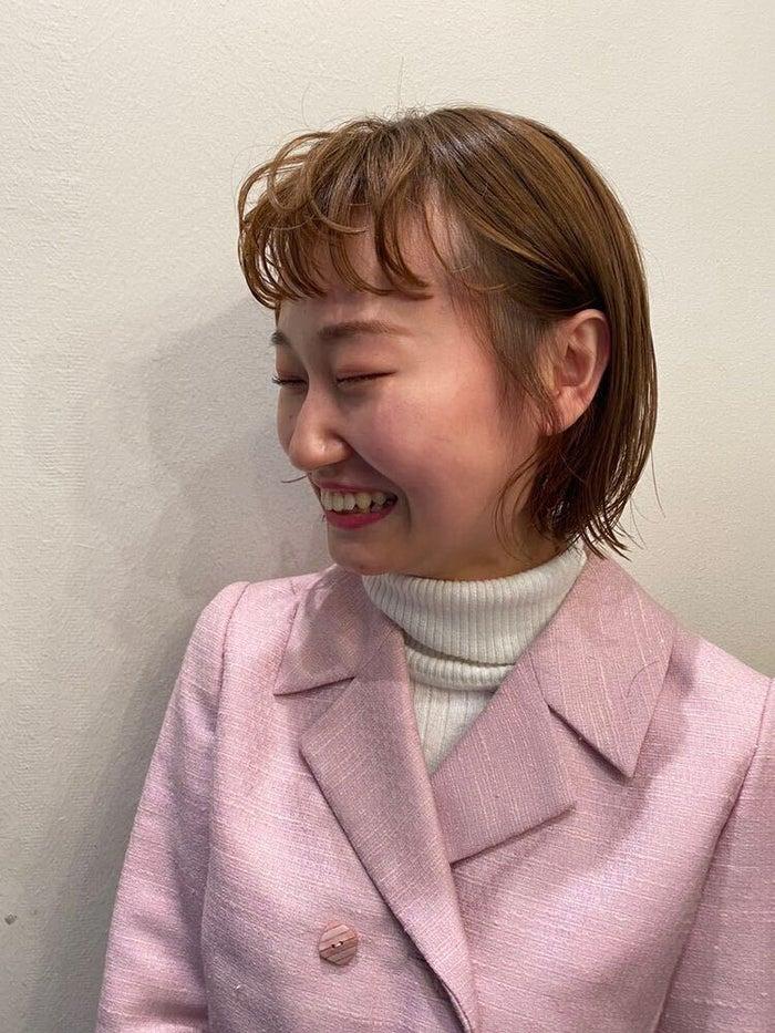 「オニオンバング」/提供画像:「hair & fashion shiomi H」えがしらまいこ氏(Instagram:@egsrmik)/モデルInstagram:@74ki___ig