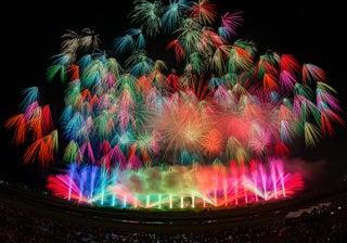 """お台場に""""江戸モード""""な花火12,000発輝く「東京花火大祭」フィナーレは特大花火打ち上げ"""