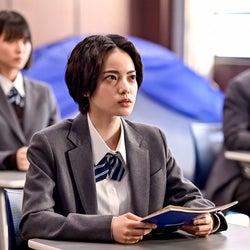 志田彩良、平手友梨奈、細田佳央太「ドラゴン桜」第9話より(C)TBS