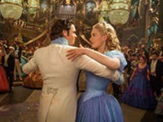 『ダウントン・アビー』リリー・ジェームズ主演の映画『シンデレラ』、興収30億突破