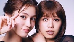 E-girls楓&佐藤晴美が息ピッタリ 自然体の美しさで惹きつける
