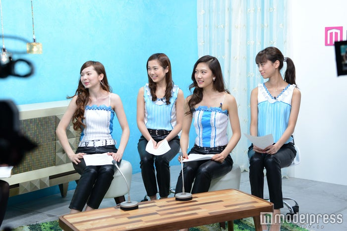 4K Girls/左から:LORAINE、ERIKA、AYA、MAYUNA(C)モデルプレス