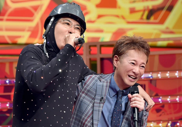 (左から)石橋貴明、中居正広(C)TBS