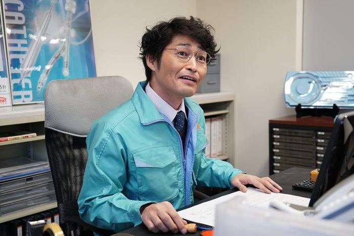 安田顕「嘘の戦争」第1話より/画像提供:関西テレビ