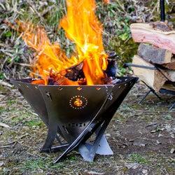 サイズが4パターンに変えられる焚き火台が登場。用途によって使い分けでき、ソロキャンプから大きな焚き火まで