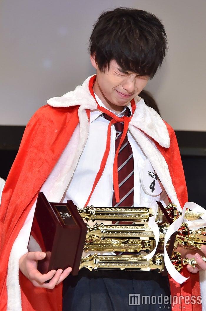 グランプリの本田響矢くん(C)モデルプレス