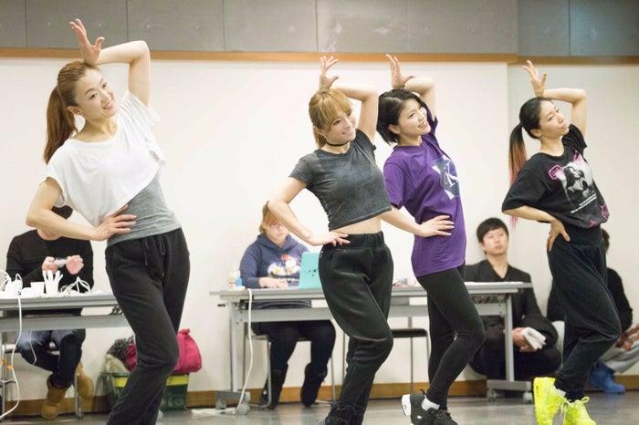 12月23日ダンスリハーサル(画像提供:avex)