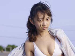 「ラブライブ!サンシャイン!」小宮有紗の美バスト&くびれにうっとり