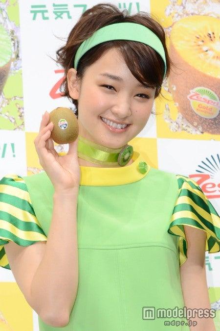 「2013 ゼスプリ・キウイフルーツ 新TVCM発表会」に出席した剛力彩芽