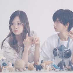 (左から)白石麻衣、齋藤飛鳥(画像提供:ソニー・ミュージック)