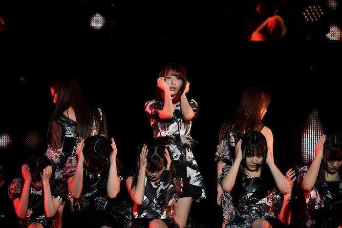 人差し指の銃弾「HKT48春のアリーナツアー2018~これが博多のやり方だ!~」/さいたまスーパーアリーナ(C)AKS