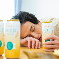 夫がアルコール依存症かも!?毎日多量に飲酒し続ける夫のために家族ができるアプローチは?