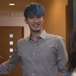 """SixTONES・ジェシー、新企画でこだわりが強すぎる""""クセ強男子""""を熱演!<オモテガール裏ガール>"""