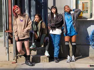 atmos pink × X-girl 女性スニーカー、ファッションシーンをリードする両社が手を組んだとっておきのクリエイティブが到着
