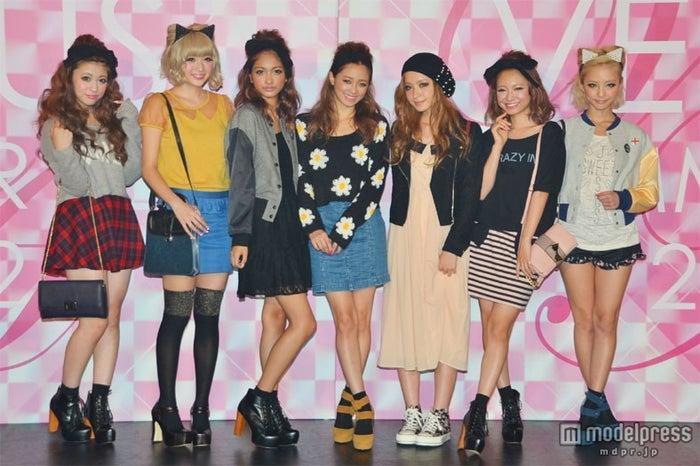 左から:大澤玲美、斉藤夏海、安井レイ、宮城舞、中北成美、みずきてぃ、武田静加