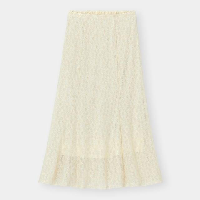 オフホワイトの花柄レースフレアマーメイドスカート