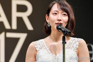 吉岡里帆、目を潤ませ思いを語る「涙が出てしまうね…」<VOGUE JAPAN WOMEN OF THE YEAR 2017>