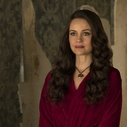 実録犯罪アンソロジー『マンハント』シーズン2に、『ザ・ホーンティング・オブ・ヒルハウス』あの美人女優が出演!