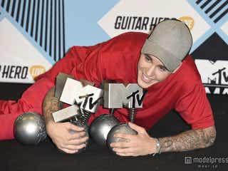 ジャスティン・ビーバー、MTV EMAで5部門受賞
