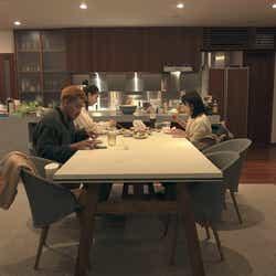 愛大、りさこ、優衣「TERRACE HOUSE OPENING NEW DOORS」43rd WEEK(C)フジテレビ/イースト・エンタテインメント