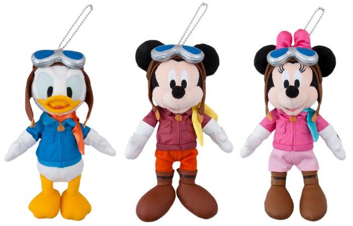 ぬいぐるみバッジ(各2,200円)(C)Disney