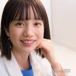 モデルプレス - 弘中綾香アナ、メイクのこだわり&美の秘訣とは?「激レアさん」でのキュートな毒舌も「飾らずありのまま」<モデルプレスインタビュー>