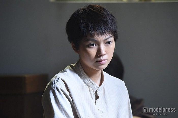 ショートカットで終戦ドラマを熱演する二階堂ふみ(c)TBS