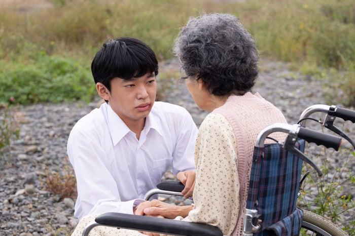 田中奏生(左)(提供写真)
