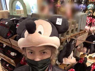 HYDE、上海ディズニー満喫「隠れHYDEさんを探したい」「かわいい」癒やされるファン続出
