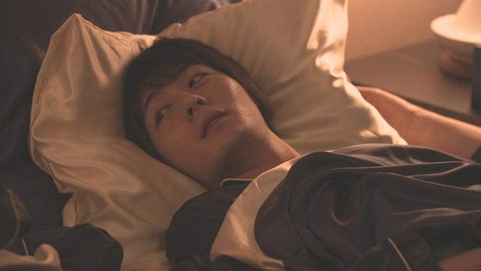 犬飼貴丈「ダブルベッド」day1(C)TBS/イースト・エンタテインメント