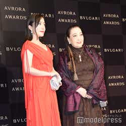 (左)平原綾香(C)モデルプレス