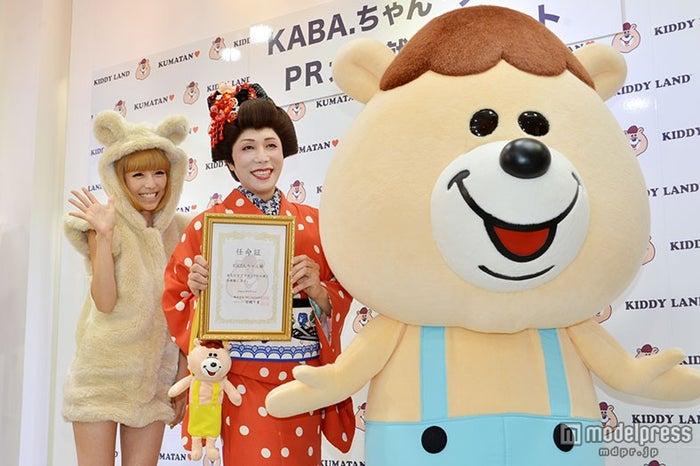 (左から)若槻千夏、KABA.ちゃん、クマタン/2014年8月(C)モデルプレス