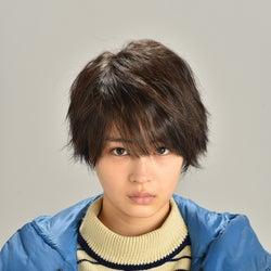 広瀬すず、人生で一番短いベリーショートに 新ドラマ「anone」瑛太らキャストも発表