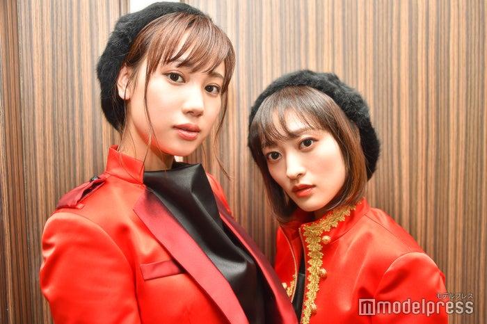 モデルプレスのインタビューに応じた高野祐衣、三秋里歩(C)モデルプレス