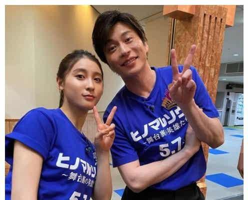 土屋太鳳、田中圭との2ショット公開でファン歓喜「身長差にときめく」「大好きな2人」