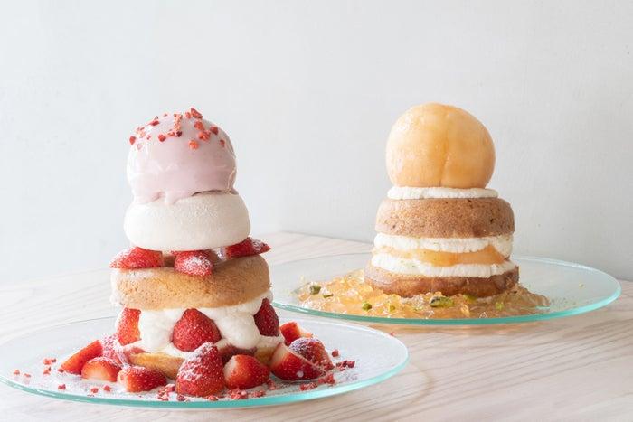 「ドーナツメルト パフェ いちごミルク」「ドーナツメルト パフェ ももヨーグルト」/画像提供:株式会社ストライプインターナショナル