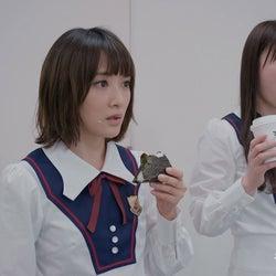 生駒里奈、高山一実/マネキンチャレンジ動画より(提供写真)