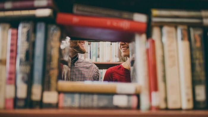 楽しそうにデート中笑っていれば彼ももっと惚れる!/photo by GAHAG