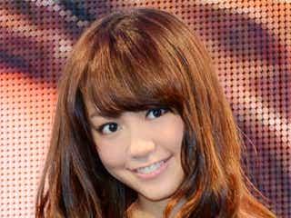 桐谷美玲、ミニワンピで美脚披露!「いつもの私とは違う」
