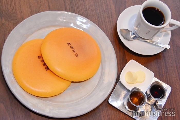 コロンと丸みのある発酵バターが生地にとろけて豊かな風味をプラス(C)モデルプレス