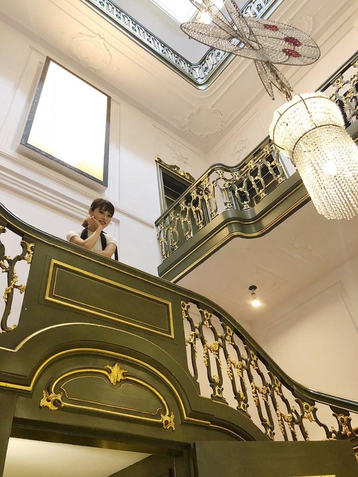 階段の装飾が見事!@yuka_matsubayashi