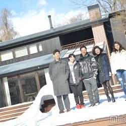 (左から)上村翔平、佐藤つば冴、中村貴之、島袋聖南、小室安未、岡本至恩(C)モデルプレス