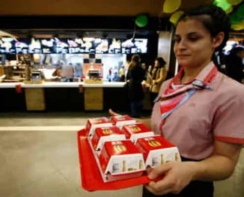 マクドナルド既存店売上高、第3四半期は大幅増 値上げなど寄与