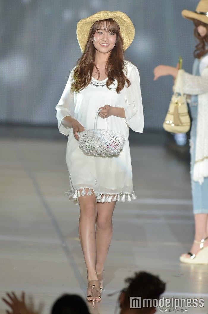 AKB48加藤玲奈、朝イチ完全すっぴん シーツに包まれる姿に「色気すごい ...