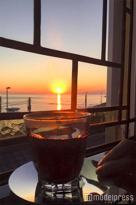 冬場は夕陽を眺めながらホットワインでのんびり/画像提供:タベルナ ロンディーノ