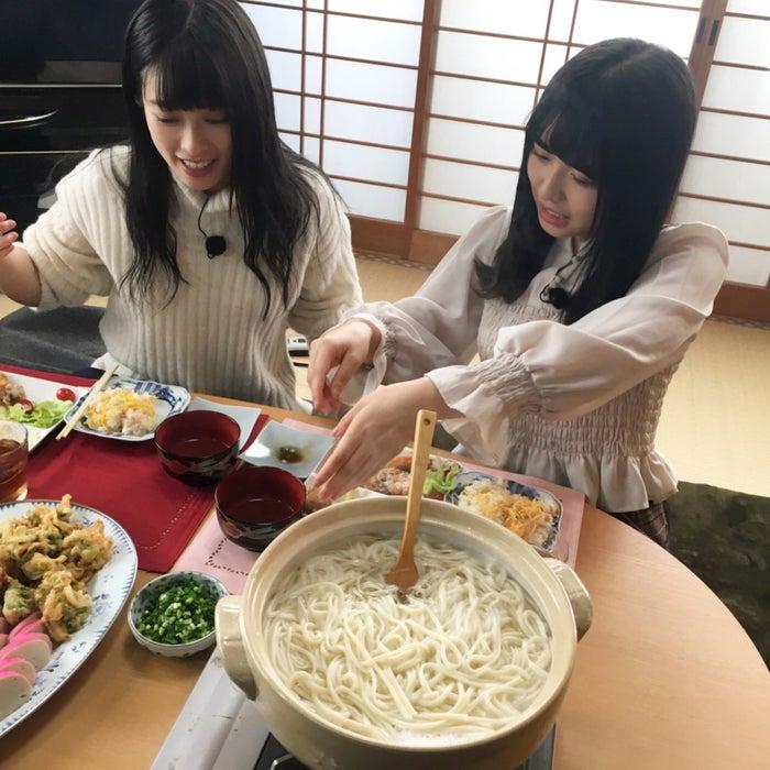 (右から)長濱ねる、齋藤冬優花/提供写真