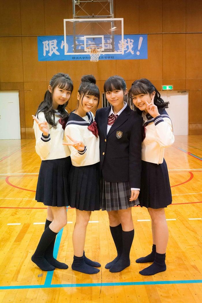 (左から)黒坂莉那、宮原響、秋田汐梨、濱尾咲綺(C)「2019 L・DK」製作委員会
