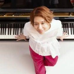 桑原あい「骨で弾く−Solo Piano Live Streaming−vol.1 / vol.2」開催決定